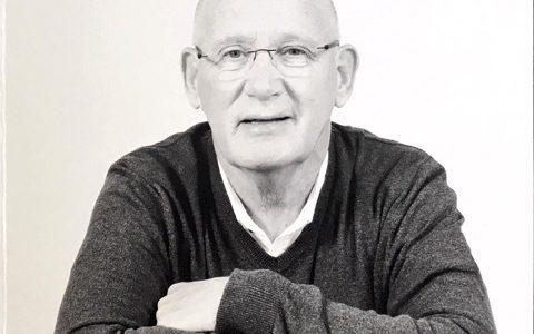 Oud trainer OVVO Ronald Ligt overleden.