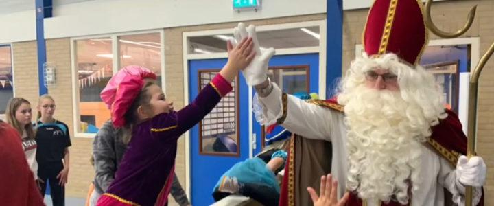 Sinterklaas en zijn zwarte pieten bij OVVO